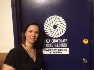 Zelia no tour da Taza Chocolate