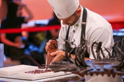 Diego Lozano no World Chocolate Masters 2015