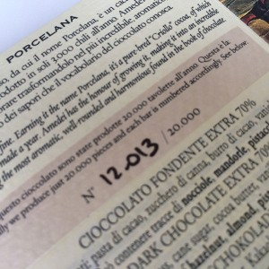 Amedei Porcelana verso numerado