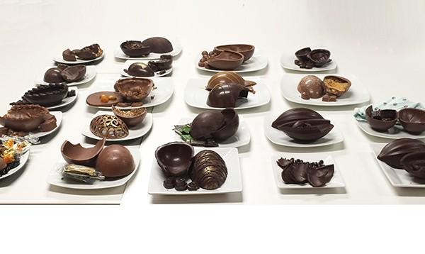 Mesa de degustação de ovos de páscoa 2016 Chocólatras Online