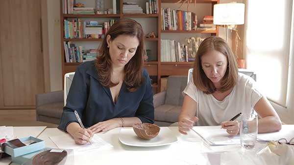 Zelia Frangioni e Luciana Lobo - degustação de chocolates