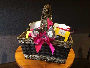 Cau Chocolates - cesta Dia das Mães