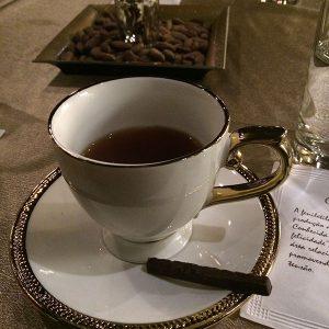 Chocolat du Jour - Choco Chá com chocolate 80% cacau