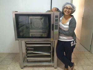 Luisa Abram e o forno
