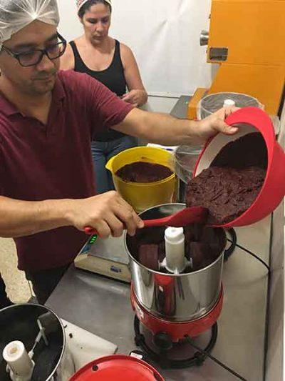 Curso Bean to Bar em-SP 2019 - moagem