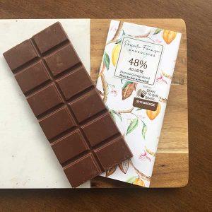 Priscila França - chocolate ao leite 48% cacau